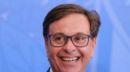 MINISTRO GILSON MACHADO, DO TURISMO, CONCEDE ENTREVISTA A RÁDIO LIDER FM DE SERRA TALHADA